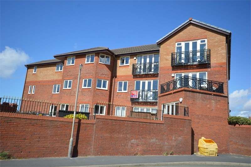 2 Bedrooms Flat for sale in Sandpipers Court, Hoylake