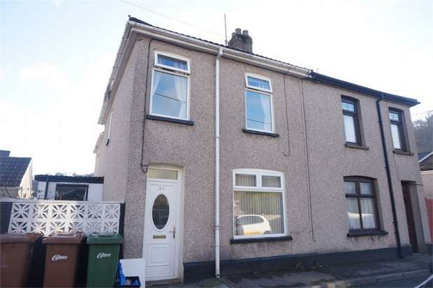 3 Bedrooms Terraced House for sale in 21 Phillip Street, Risca, NEWPORT