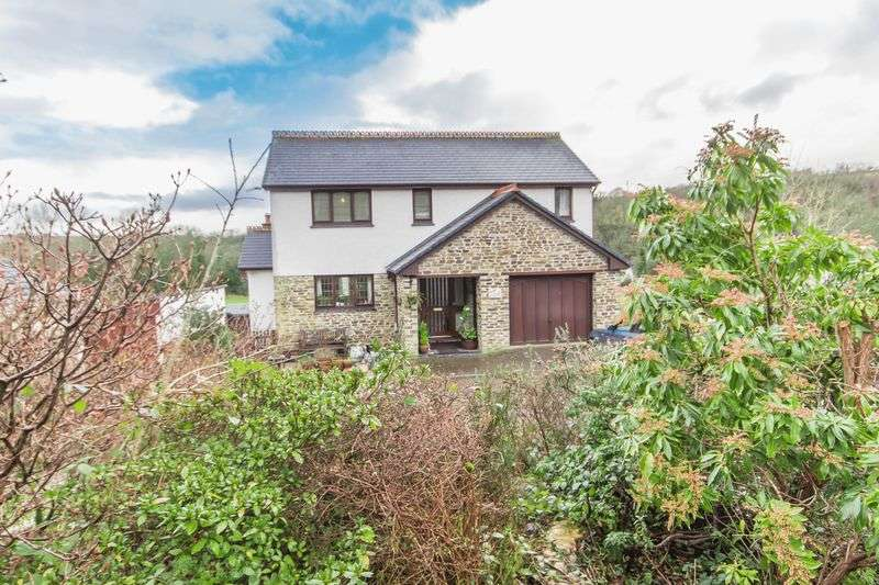 4 Bedrooms Detached House for sale in Coombe, St. Austell