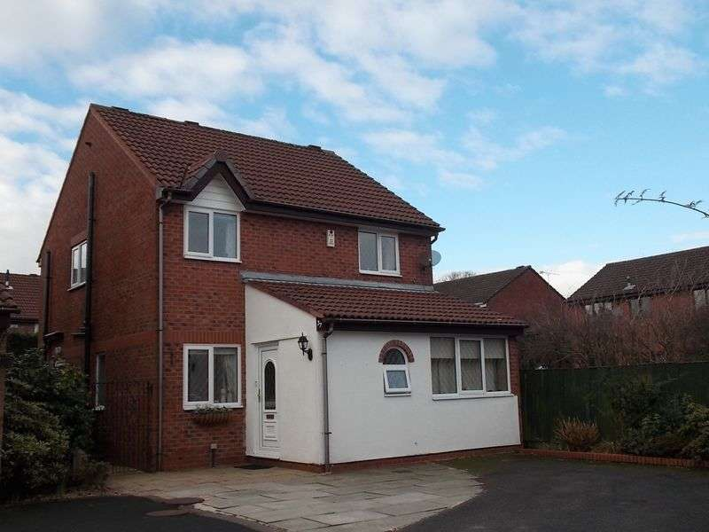 4 Bedrooms Detached House for sale in Cherwell Road, Westhoughton, Bolton