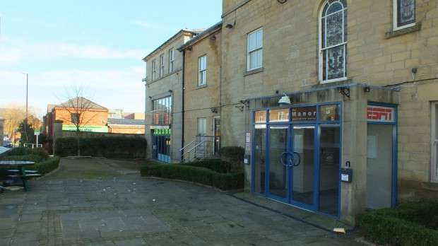 2 Bedrooms Apartment Flat for sale in Stratford House Stainbeck Lane, Leeds, LS7