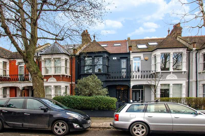4 Bedrooms House for sale in Second Avenue, Acton, W3