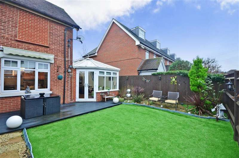 3 Bedrooms Semi Detached House for sale in Cranborne Avenue, Maidstone, Kent