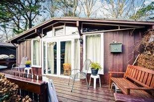 3 Bedrooms Mobile Home for sale in Penarwel Chalets, Llanbedrog, Gwynedd, LL53