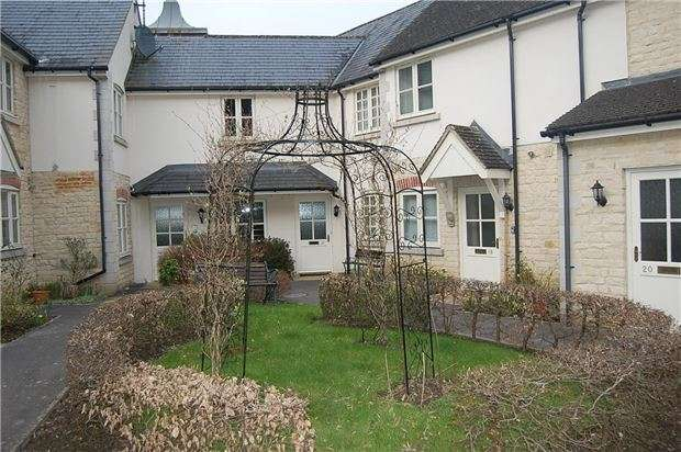 1 Bedroom Flat for sale in Inchbrook Way, Inchbrook, Stroud, Gloucestershire, GL5 5HQ