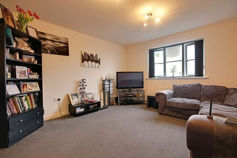 2 Bedrooms Flat for sale in Richmond Way, Rotherham, South Yorkshire, S61