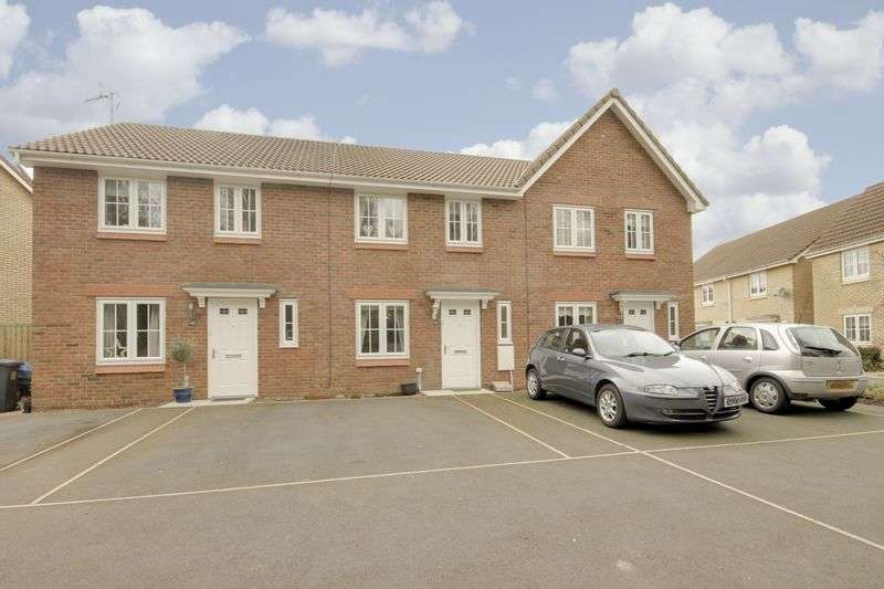 3 Bedrooms Terraced House for sale in Poplar Place, Cwmbran