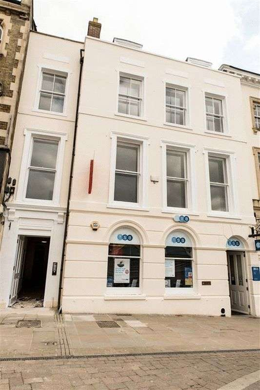 1 Bedroom Flat for sale in High Street (Flat 7), Andover
