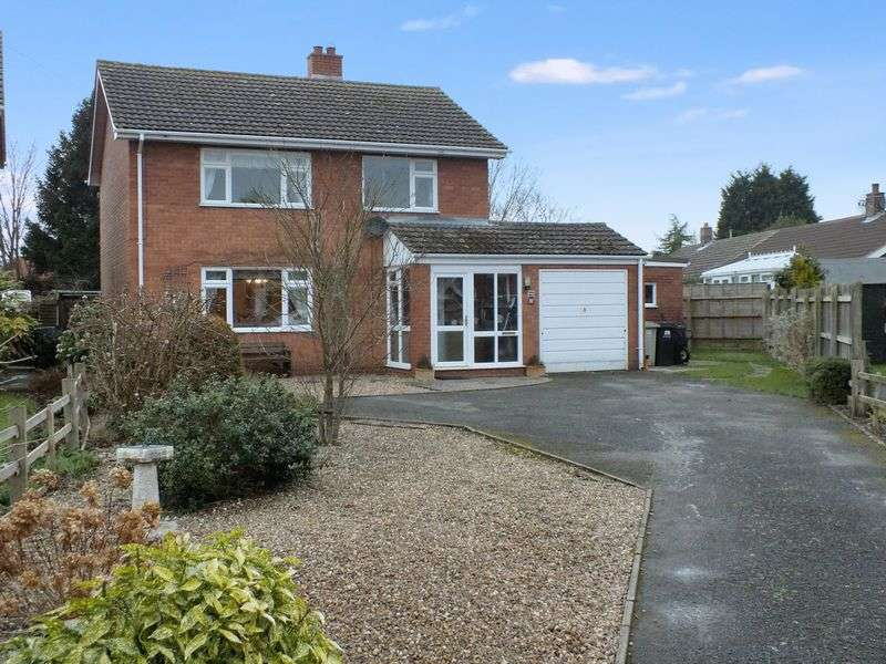 3 Bedrooms Detached House for sale in Greenacres, Donington on Bain