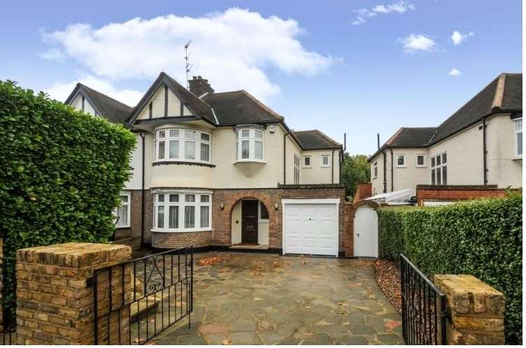 4 Bedrooms Semi Detached House for sale in Gresham Avenue, Whetstone, London, N20