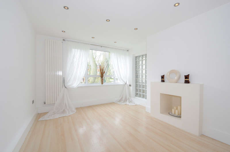 2 Bedrooms Flat for sale in Highbury New Park, London