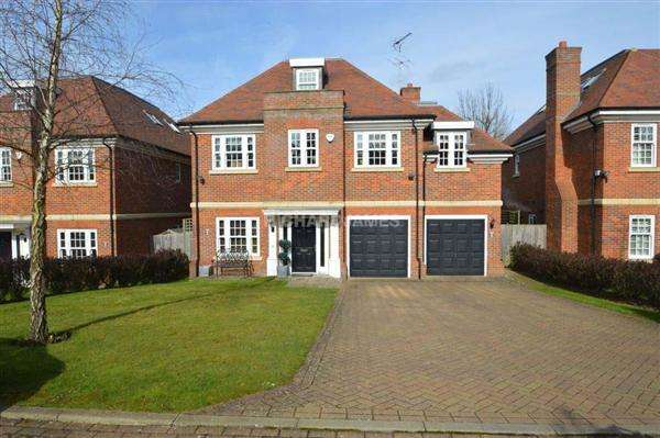 6 Bedrooms Detached House for sale in Bramley Close, London