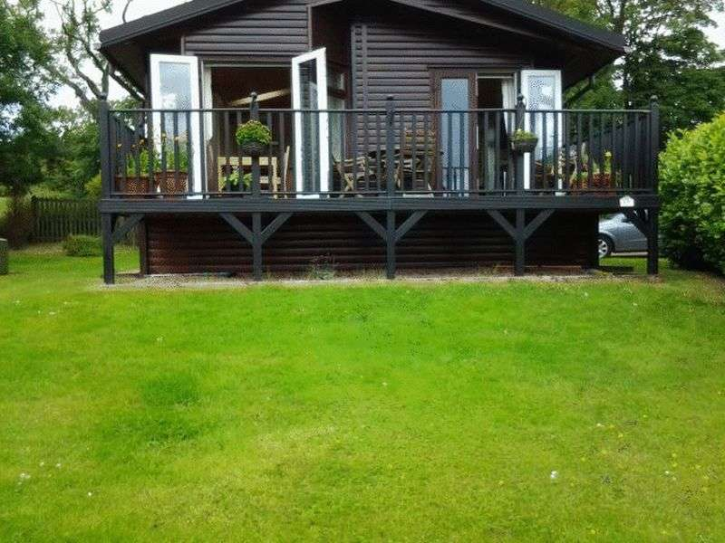2 Bedrooms Bungalow for sale in 17 Letham Feus Caravan Park KY8 5NT
