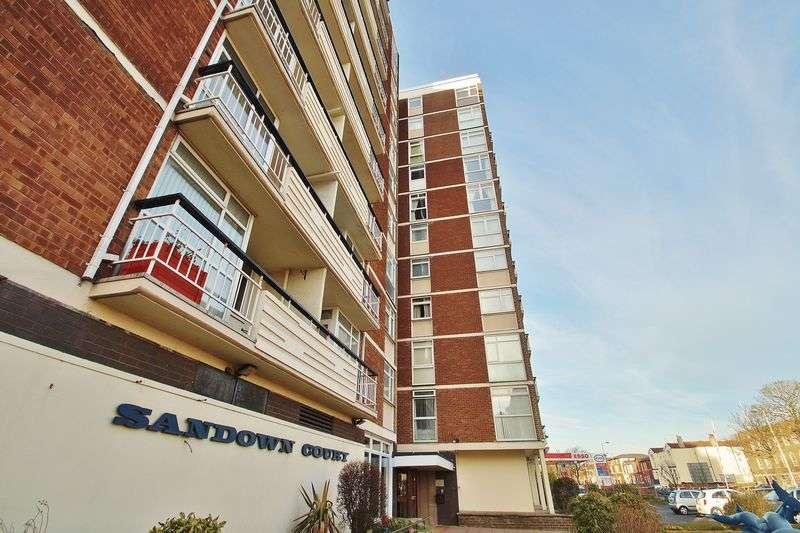 2 Bedrooms Flat for sale in 27 Sandown Court