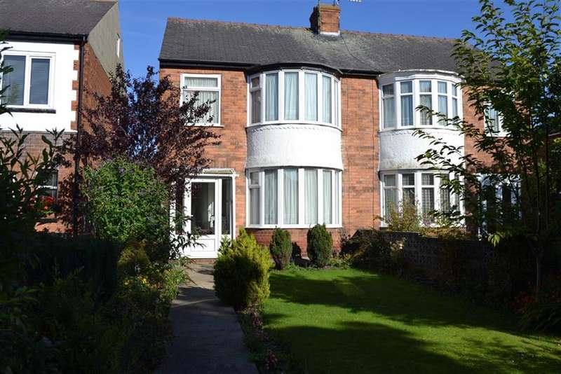 3 Bedrooms Property for sale in Gypsey Bank, Bridlington, East Yorkshire, YO16