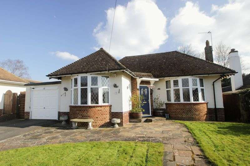 2 Bedrooms Detached Bungalow for sale in Ashtead