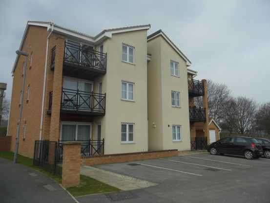 1 Bedroom Flat for sale in Cherry Tree Walk, Knottingley, West Yorkshire, WF11 0LE