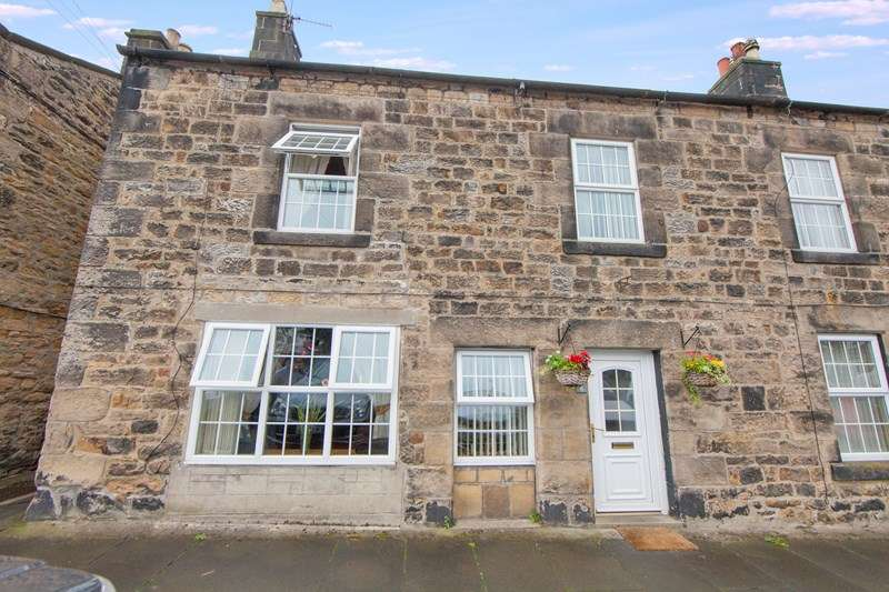 4 Bedrooms Terraced House for sale in West View, Bellingham