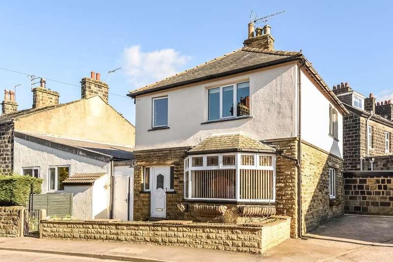 3 Bedrooms Detached House for sale in King Street, Yeadon, Leeds, LS19 7QA
