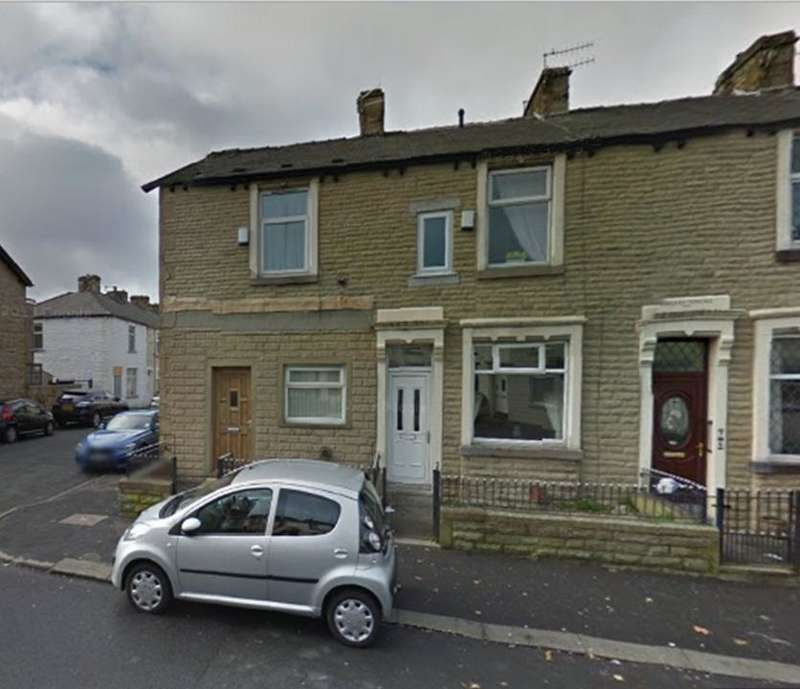 3 Bedrooms Terraced House for sale in Coal Clough Lane, Burnley, BB11 4NS