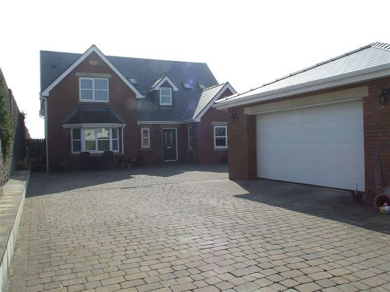 4 Bedrooms Property for sale in Chapel Road, Three Crosses