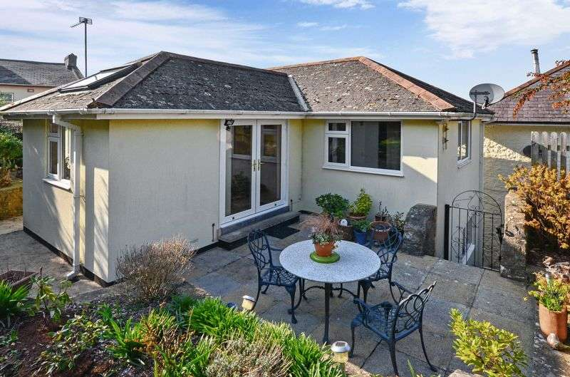 3 Bedrooms Detached House for sale in Park Road, St Marychurch, Torquay