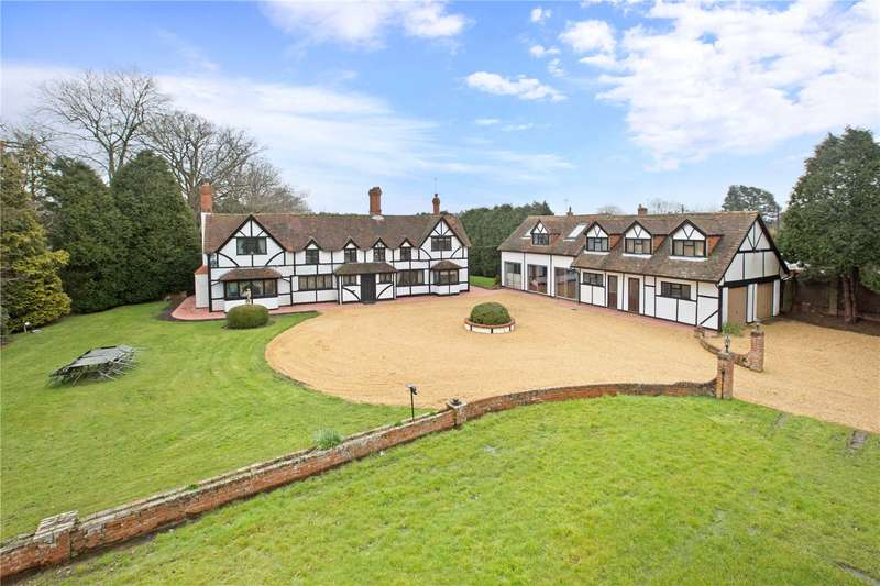 5 Bedrooms Detached House for sale in Lower Common, Eversley, Hook, Hampshire, RG27