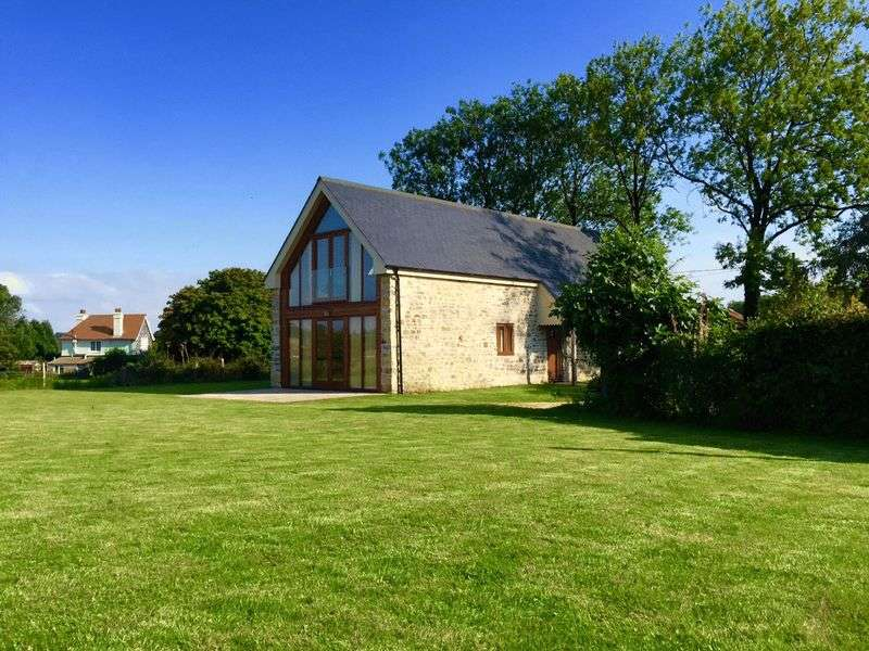 3 Bedrooms Detached House for sale in West Cranmore, Shepton Mallet