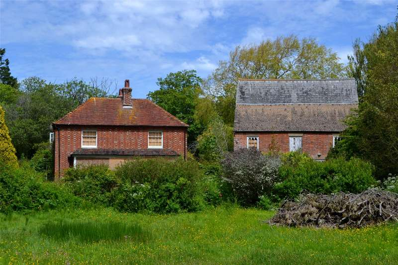 Barn Conversion Character Property for sale in Barnes Lane, Milford on Sea, Lymington, Hampshire, SO41
