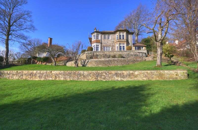 5 Bedrooms Detached House for sale in Carr Hill Lane, Whitby