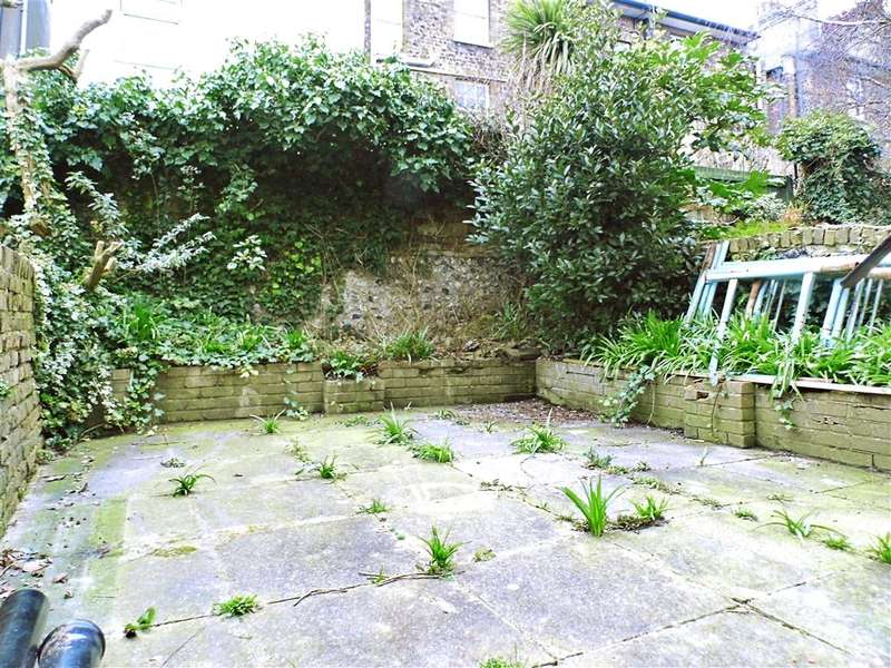 1 Bedroom Flat for sale in Norman Street, Dover, Kent