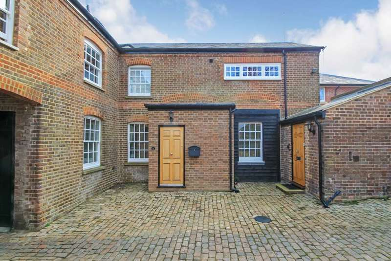 2 Bedrooms Apartment Flat for sale in High Street, Tring