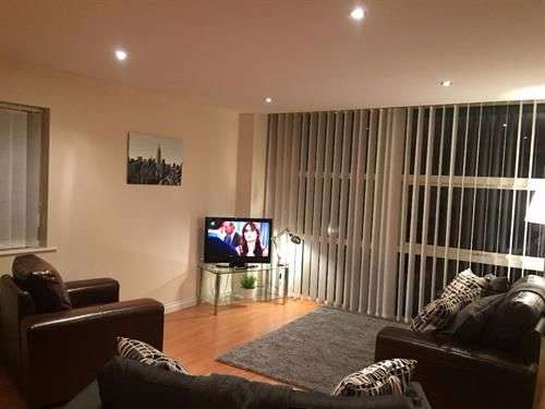 2 Bedrooms Apartment Flat for sale in Curzon Place, Gateshead