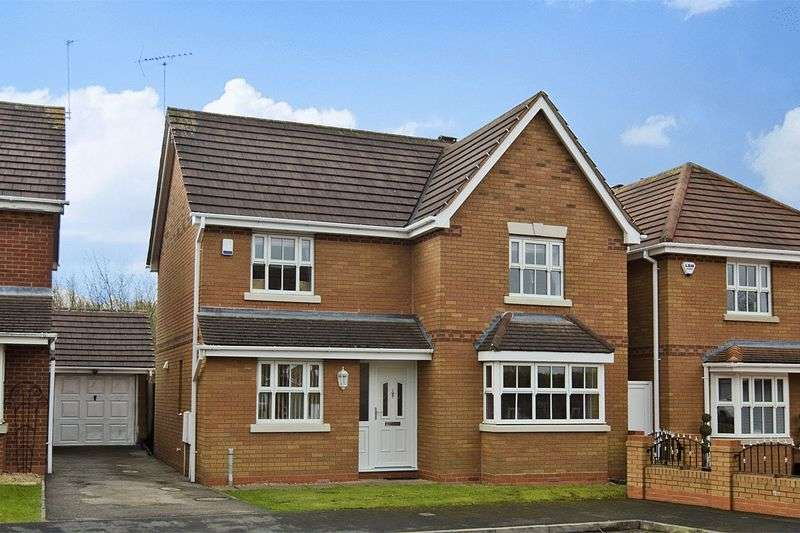 4 Bedrooms Detached House for sale in Waterlily Close, Wimblebury, Cannock
