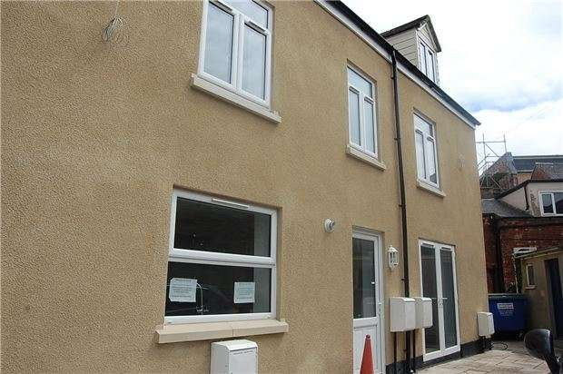 3 Bedrooms Semi Detached House for sale in John Street, Stroud, Gloucestershire