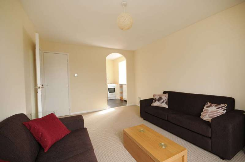 1 Bedroom Flat for sale in Jade Close, Beckton, E16
