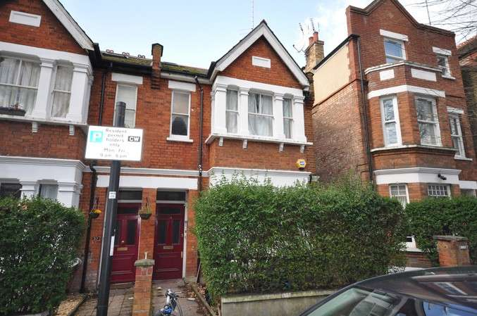 2 Bedrooms Flat for sale in Thorney Hedge Road, Chiswick