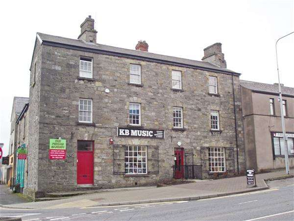 Commercial Property for sale in 'Proctors', 9 Queen Street