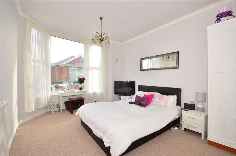 2 Bedrooms Maisonette Flat for sale in Regent Street, Shanklin, Isle of Wight