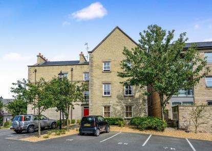 1 Bedroom Flat for sale in Diana Court, Henry Street, Lancaster, Lancashire, LA1