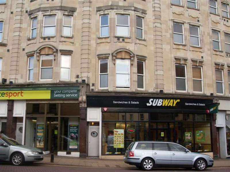 1 Bedroom Flat for sale in The Parade, Northampton, Northants, NN1 2EA