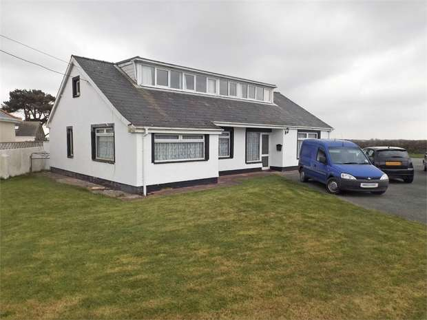 6 Bedrooms Detached Bungalow for sale in Haven Road, Haverfordwest, Pembrokeshire
