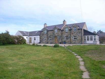 4 Bedrooms Detached House for sale in Tal Y Maes Mawr, Nebo, Caernarfon, Gwynedd, LL54
