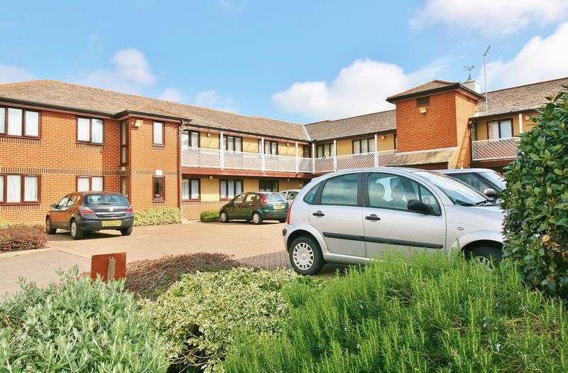 1 Bedroom Retirement Property for sale in Milford Court, Southsea