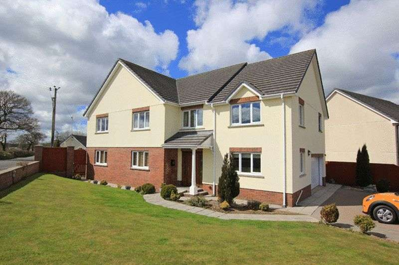 5 Bedrooms Detached House for sale in HEOL GOI, ST. CLEARS