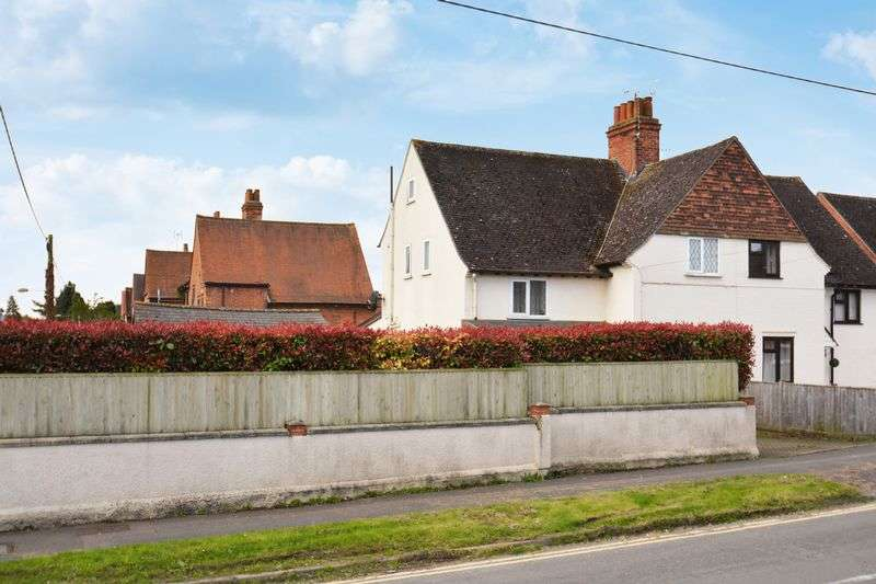 4 Bedrooms Semi Detached House for sale in Wessex Road, Didcot