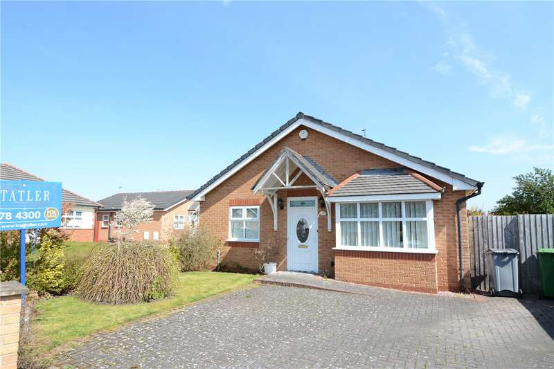 2 Bedrooms Detached Bungalow for sale in Copsmead, Moreton, Wirral