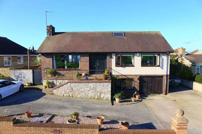6 Bedrooms Detached Bungalow for sale in Highlands Close, Rhuddlan