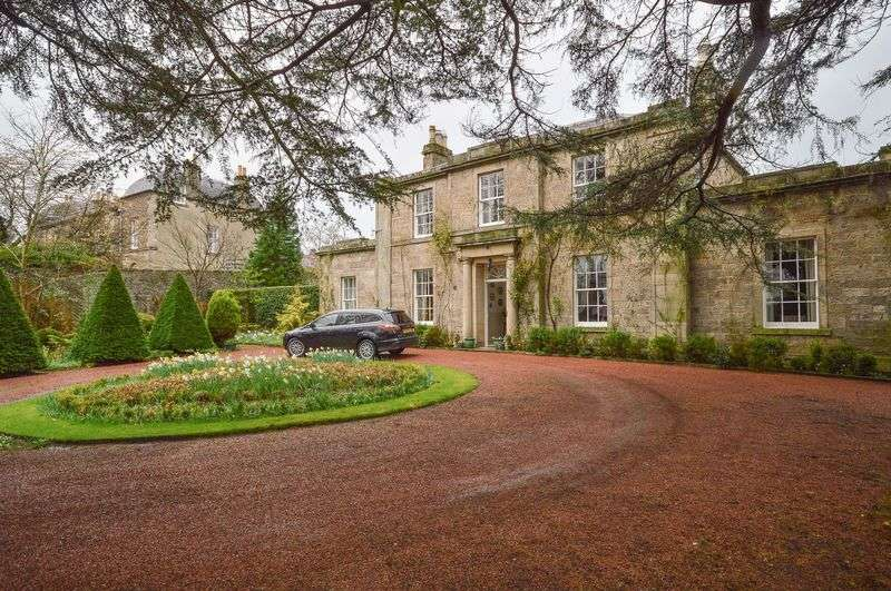 4 Bedrooms Detached House for sale in Maryville, 13 Station Road, Haddington, East Lothian, EH41 3NZ