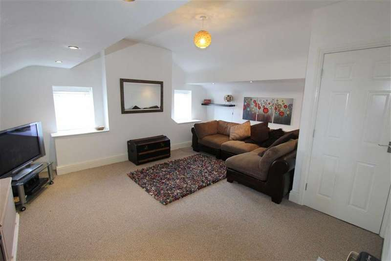 3 Bedrooms Property for sale in Stephen Street, Lytham St Annes, Lancashire